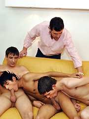Mature dude unleashes his cock for audition twinks