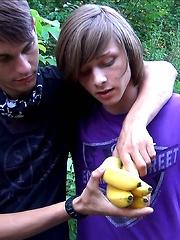 Ass eating banana