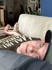 Twink wanking off his dick