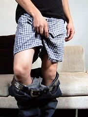 ALEXI BOWMAN - BIG IN HIS PANTS