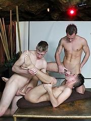 Party Boys: Dancefloor 3WAY